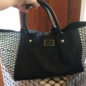 Modern mesh bag